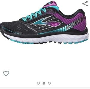 Brooks ghost 9 running shoe